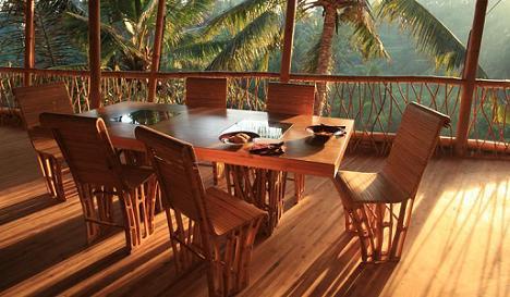 casa-bambus-dining